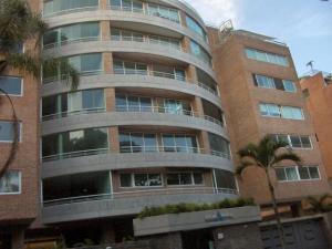 Apartamento En Venta En Caracas, Los Naranjos De Las Mercedes, Venezuela, VE RAH: 16-7407