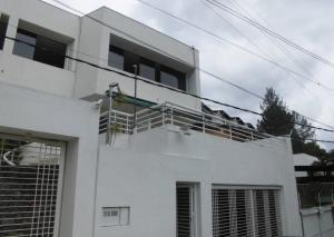 Casa En Venta En Caracas, El Peñon, Venezuela, VE RAH: 16-7422