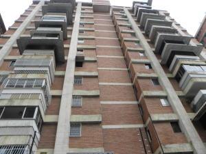 Apartamento En Venta En Caracas, Bello Monte, Venezuela, VE RAH: 16-7427