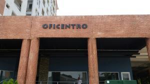 Local Comercial En Venta En Valencia, Agua Blanca, Venezuela, VE RAH: 16-7429