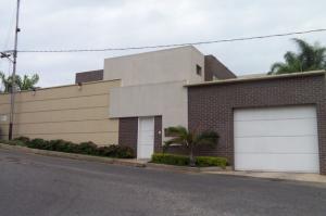 Casa En Venta En Barquisimeto, Parroquia Catedral, Venezuela, VE RAH: 16-7448