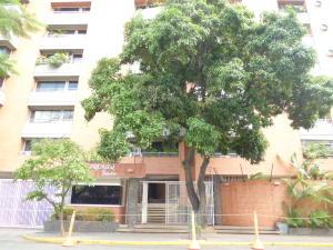 Apartamento En Alquileren Caracas, Campo Alegre, Venezuela, VE RAH: 16-7468
