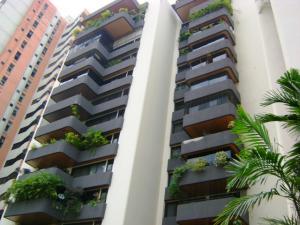 Apartamento En Venta En Valencia, Valles De Camoruco, Venezuela, VE RAH: 16-7953