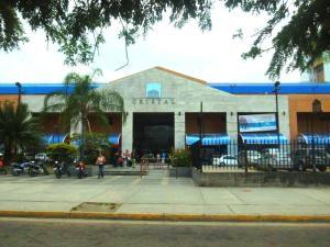 Local Comercial En Venta En Municipio Naguanagua, Las Quintas, Venezuela, VE RAH: 16-7498