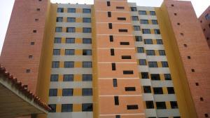 Apartamento En Venta En Caracas, Miravila, Venezuela, VE RAH: 16-7537