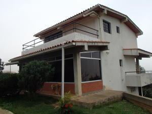 Casa En Venta En Caracas, El Junquito, Venezuela, VE RAH: 16-8059