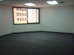 Oficina En Alquiler En Caracas - El Rosal Código FLEX: 16-7561 No.15