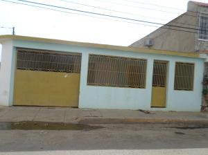Casa En Venta En Coro, Las Eugenias, Venezuela, VE RAH: 16-7572