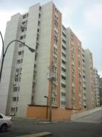 Apartamento En Venta En Guarenas, La Vaquera, Venezuela, VE RAH: 16-7636