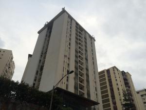 Apartamento En Venta En Caracas, Terrazas Del Club Hipico, Venezuela, VE RAH: 16-7781
