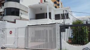 Casa En Venta En Maracay, La Soledad, Venezuela, VE RAH: 16-7702
