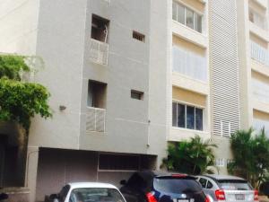 Apartamento En Venta En Maracaibo, Colonia Bella Vista, Venezuela, VE RAH: 16-7705