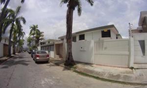 Casa En Venta En Caracas, Los Pomelos, Venezuela, VE RAH: 16-7710
