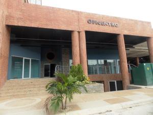 Local Comercial En Venta En Valencia, Agua Blanca, Venezuela, VE RAH: 16-7749