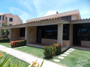 Casa En Venta En Rio Chico, Los Canales De Rio Chico, Venezuela, VE RAH: 16-7796