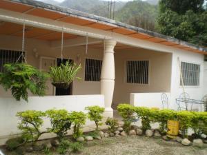 Casa En Venta En Maracay, El Limon, Venezuela, VE RAH: 16-7813
