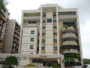 Apartamento En Venta En Valencia, Terrazas Del Country, Venezuela, VE RAH: 16-7838