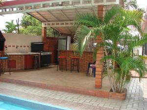 Casa En Venta En Maracaibo, La Macandona, Venezuela, VE RAH: 16-7868