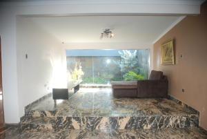 Casa En Venta En Maracaibo, Zona Norte, Venezuela, VE RAH: 16-7896