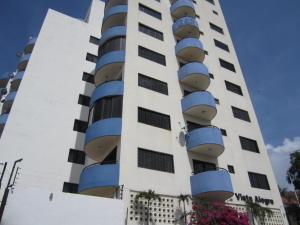 Apartamento En Venta En Margarita, Porlamar, Venezuela, VE RAH: 16-7935
