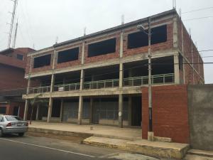 Local Comercial En Venta En Punto Fijo, Puerta Maraven, Venezuela, VE RAH: 16-7943