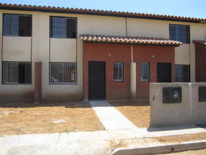 Townhouse En Venta En Margarita, Conejeros, Venezuela, VE RAH: 16-7950