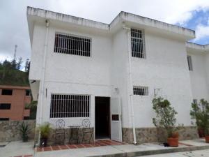 Townhouse En Venta En Municipio Los Salias, Agua Linda, Venezuela, VE RAH: 16-7984