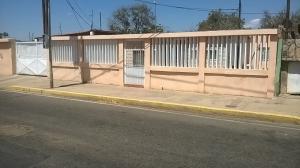 Casa En Venta En El Mojan, Santa Cruz De Mara, Venezuela, VE RAH: 16-8027