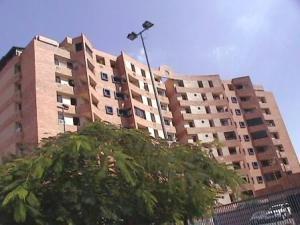 Apartamento En Venta En Municipio Naguanagua, Tazajal, Venezuela, VE RAH: 16-8039