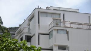 Apartamento En Venta En Caracas, Las Mercedes, Venezuela, VE RAH: 16-8072