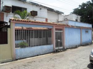 Local Comercial En Venta En Valencia, Michelena, Venezuela, VE RAH: 16-8112