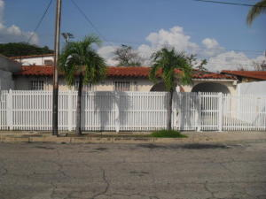 Casa En Venta En San Joaquin, San Bernardo, Venezuela, VE RAH: 16-8160