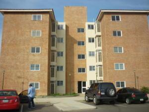 Apartamento En Venta En Punto Fijo, Casacoima, Venezuela, VE RAH: 16-8137