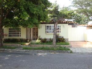 Casa En Venta En Cabudare, La Morenera, Venezuela, VE RAH: 16-8152