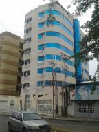 Apartamento En Venta En Maracay, El Bosque, Venezuela, VE RAH: 16-7860