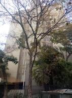 Apartamento En Venta En Caracas, Las Palmas, Venezuela, VE RAH: 16-8178