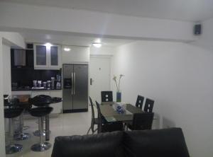 Apartamento En Venta En Caracas - Las Palmas Código FLEX: 16-8178 No.7