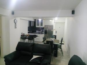 Apartamento En Venta En Caracas - Las Palmas Código FLEX: 16-8178 No.8