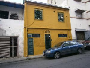 Casa En Venta En Caracas, Cementerio, Venezuela, VE RAH: 16-8169