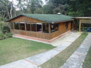 Casa En Venta En Caracas, El Junquito, Venezuela, VE RAH: 16-8194