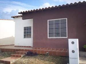 Casa En Venta En Cabudare, Parroquia José Gregorio, Venezuela, VE RAH: 16-8225