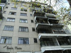 Apartamento En Venta En Caracas, Vista Alegre, Venezuela, VE RAH: 16-8236