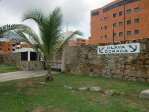 Apartamento En Venta En Boca De Aroa, Boca De Aroa, Venezuela, VE RAH: 16-8255