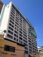 Oficina En Venta En Caracas, Sabana Grande, Venezuela, VE RAH: 16-8278