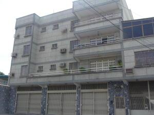 Apartamento En Venta En Maracay, El Hipodromo, Venezuela, VE RAH: 16-8362