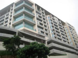 Apartamento En Venta En Caracas, Lomas De Las Mercedes, Venezuela, VE RAH: 16-9660