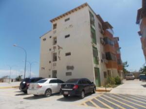 Apartamento En Venta En Punto Fijo, Zarabon, Venezuela, VE RAH: 16-8513
