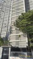 Apartamento En Venta En Caracas, El Valle, Venezuela, VE RAH: 16-8527