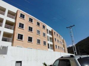Apartamento En Venta En Municipio Naguanagua, Maã±Ongo, Venezuela, VE RAH: 16-8533