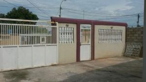 Local Comercial En Venta En Maracaibo, Amparo, Venezuela, VE RAH: 16-8536